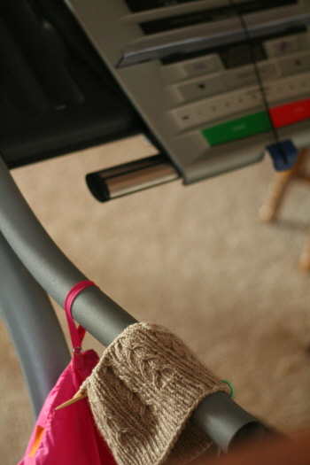 treadmill-knitting.jpg